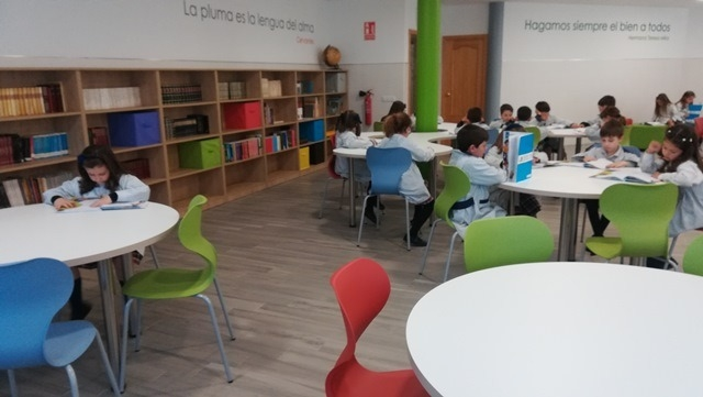 Biblioteca-Carmelitas2